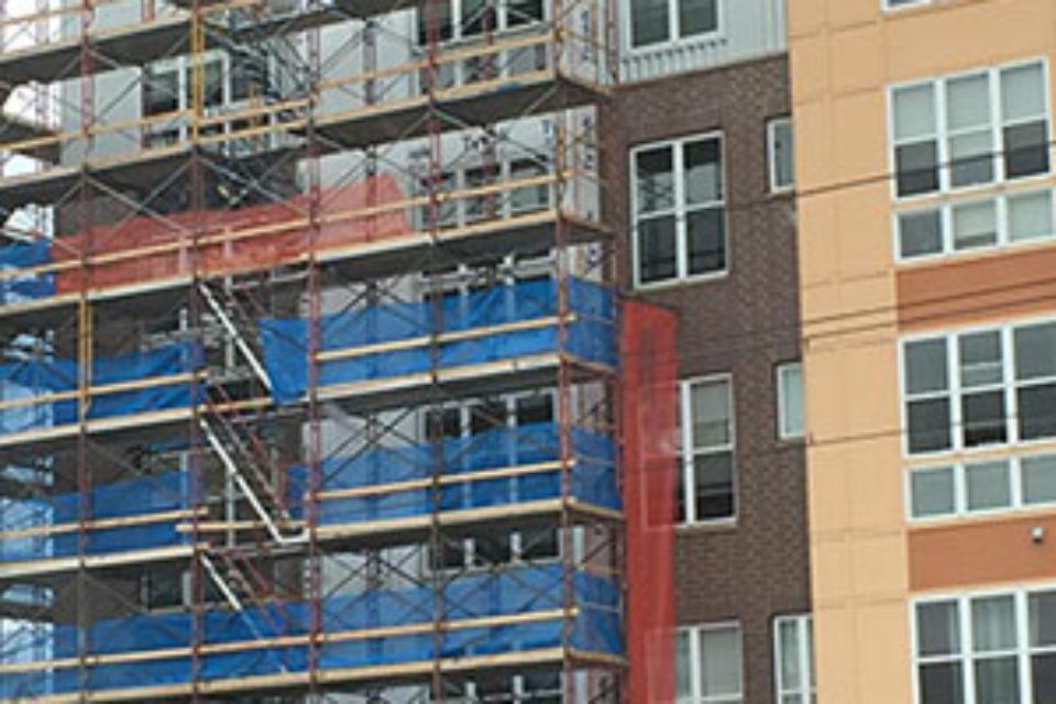 Спад на издадените разрешения за строеж