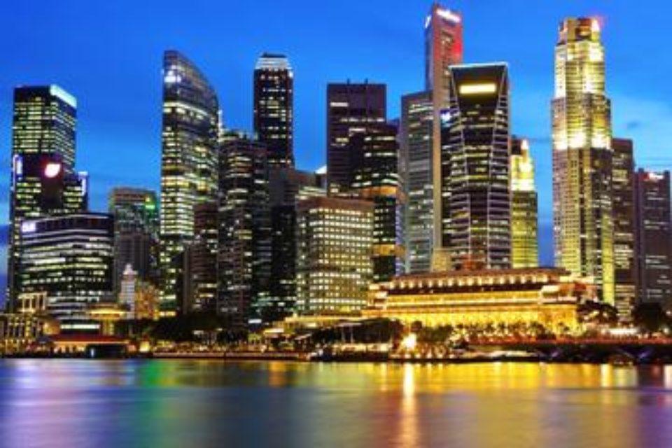Сингапур отново е най-скъпият град в света