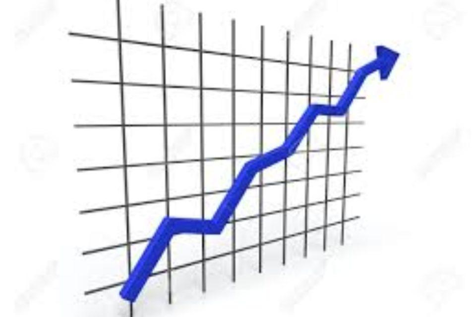 БВП нараства с близо процент спрямо края на 2016-а