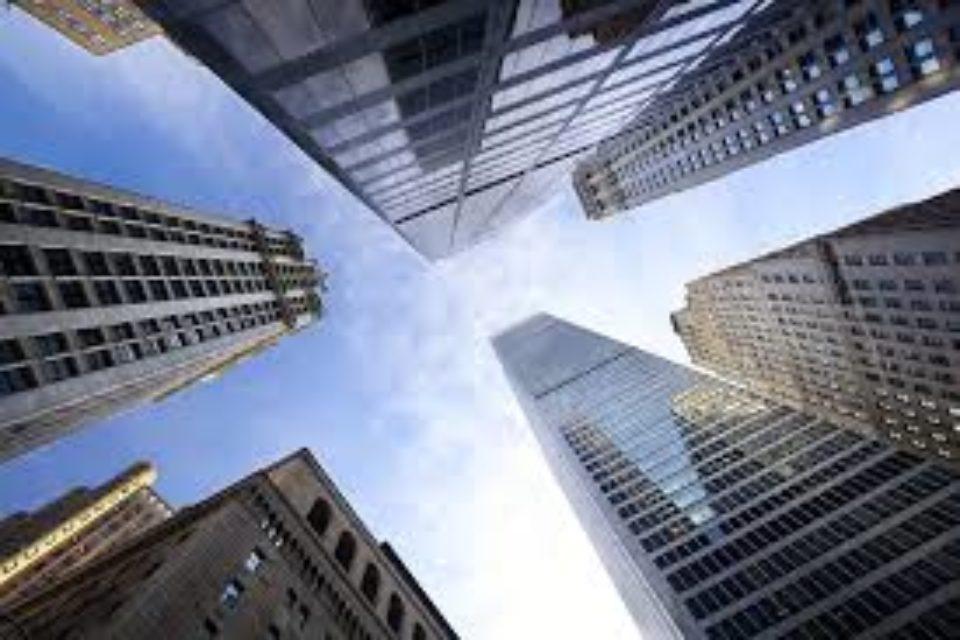 Обжалват разрешението за 220-метров небостъргач в София