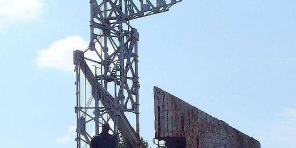 Не избраха нито един проект за възстановяване на военния мемориал пред НДК