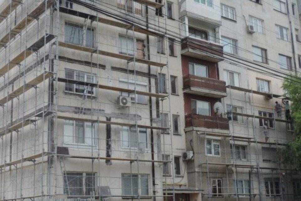 МРРБ: Общините не контролират санирането