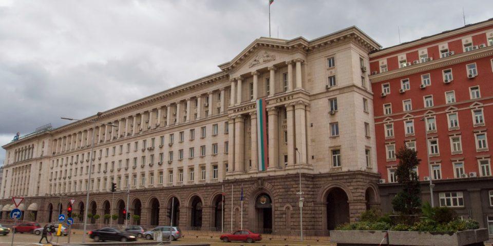 София и Белград ще проучват изграждането на съоръжения по Дунав за претоварване на LNG