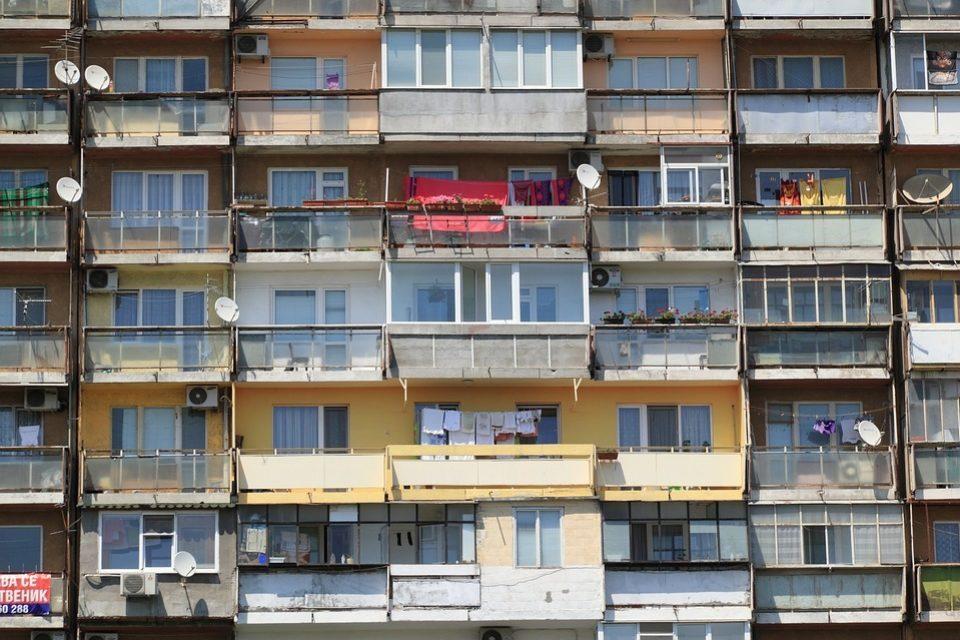 Близо две трети от чужденците в България притежават имот у нас