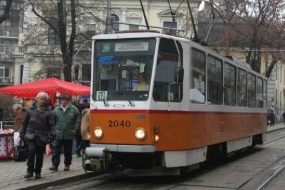"""Трамваите по ул. """"Граф Игнатиев"""" готови до ноември"""
