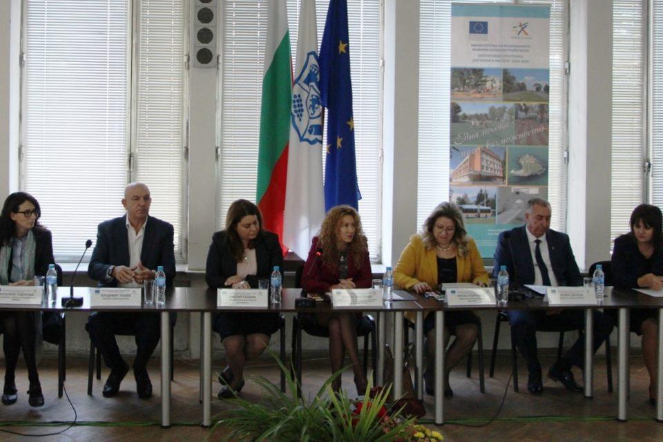 Зам.-министър Деница Николова: Осигуряваме нисколихвено финансиране за енергийна ефективност на еднофамилни жилищни сгради