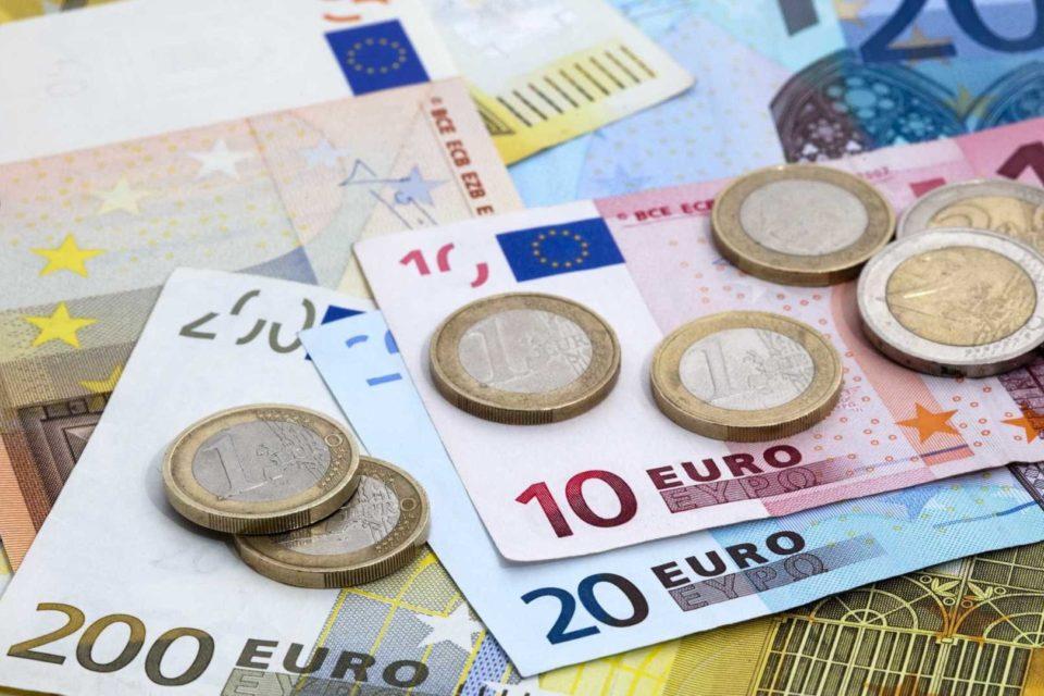 Гърция е шампион по високи данъци