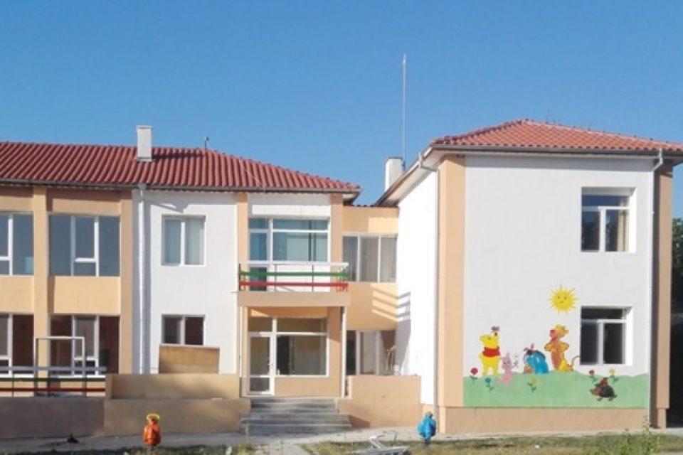 """Допълнително 130 души ще започнат работа по проект """"Красива България"""""""
