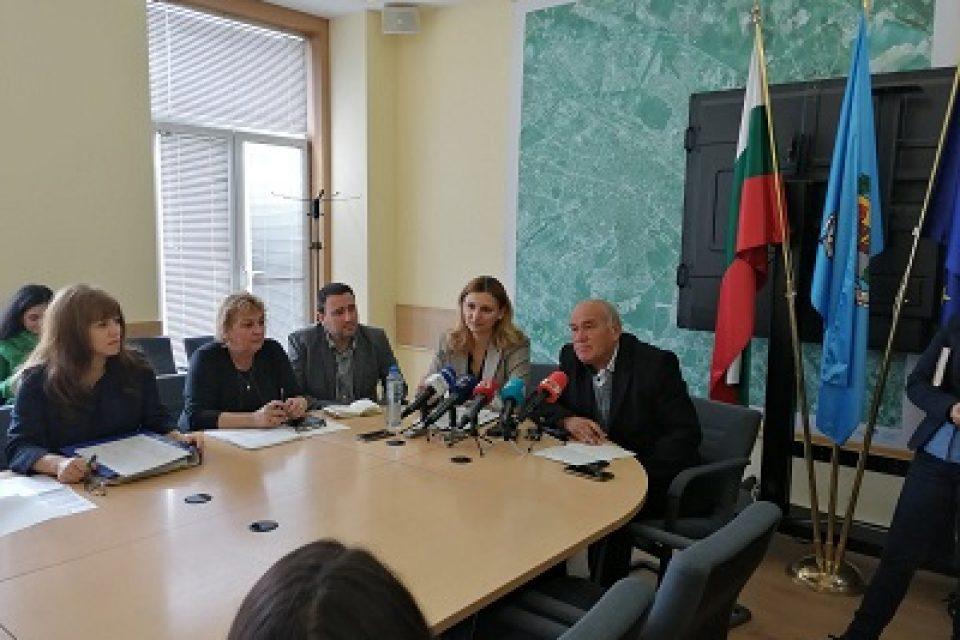 През 2020 г. ще се мият с 83% повече улици в София